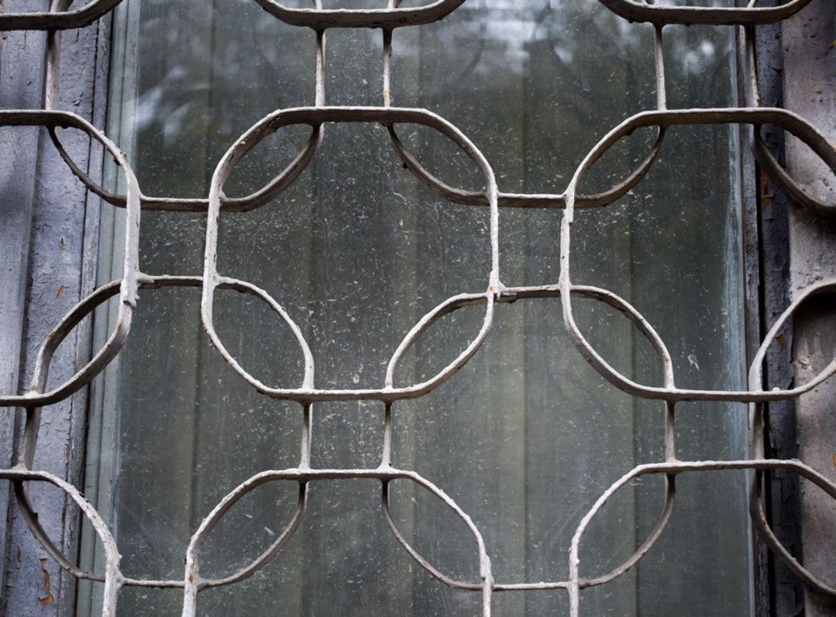 סורגים מעוצבים לחלון