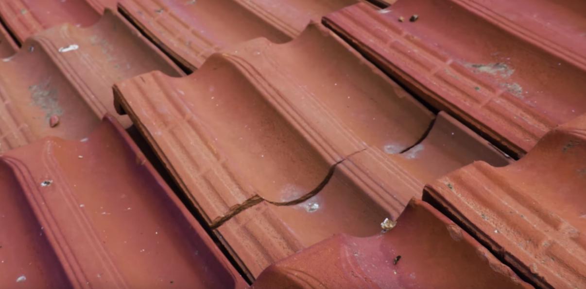 תיקון גגות רעפים| רעפים שבורים