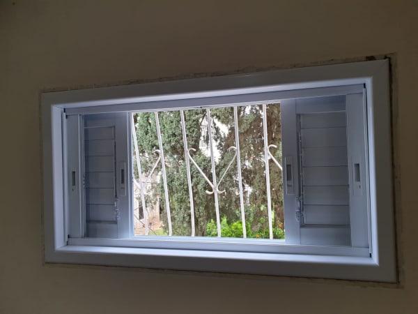 החלפת חלון ישן בחדש