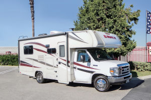 Cabover C22 RV One way rental