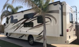 2019 Thor ACE Luxury Coach