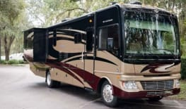 AdventureKT - 2012 Fleetwood Bounder 35K
