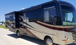 2015 31' Fleetwood Terra - Bunks