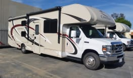 2017 Thor Chateau 30D - Bunk House!