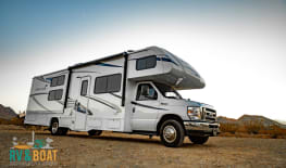 2019 Forester 32' BUNKHOUSE SLEEPS 11 - EQUIPPED FOR SNOW!!!