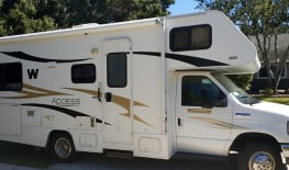 2012 Winnebago Access de Luxe, 25 ft., like new with just 25500 miles,available Spring Break
