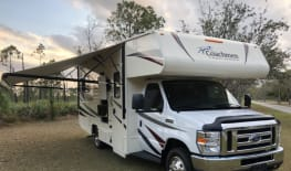 JUST ARRIVED and is Ready to Travel - Sleeps 6 - Class C - 24'