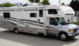 Rent an RV in Little Ethiopia, Los Angeles | Little Ethiopia
