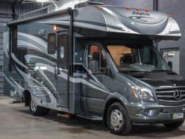 2018 Mercedes Benz Melbourne 24L Turbo Diesel 20 MPG! Full body slide out RV 3