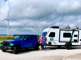 Rent an RV in Houston, North Barrier Coast | Houston, North Barrier