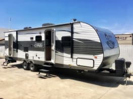 28' Travel Trailer by Puma