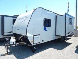 2016 Pacific Coachworks Mighty Lite M20BBS