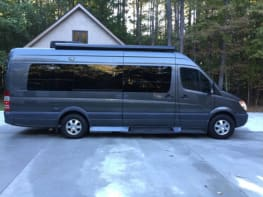 2010 Mercedes Sprinter - Stealth RV - Easy To Drive - Powers Up The Mountains - 20 mpg