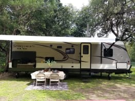 2018 Sportsmen with Kuerig coffee maker  Netflix,Hulu,Blutooth speakers inside/outside, USB ports, outdoor kitchen with table and four chairs, too many EXTRAS to list. Scroll through our page and see for yourself and save some $