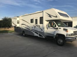 2007 Four Winds Chateau 35Ft
