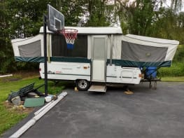 Coleman Pop up Camper Trailer