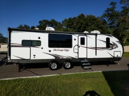 BRAND NEW !  35 foot Forest River Luxury RV