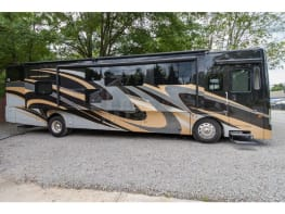 2019 Coachmen Sportscoach 409BG