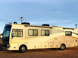 Ultimate Luxury Fleetwood Discovery 39S