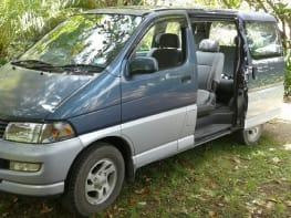 Toyota Hiace 4WD 8 seater ! (Akl)