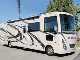 SLIDEOUT AF34 FAMILY SLEEPER RV - San Bernardino