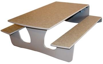 Tillegg støydempende marmoleum på bordplater