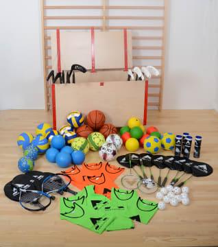 Idrettslekekassen fylt med lekkert idrettsutstyr