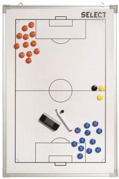 Taktikk tavle med stor fotball