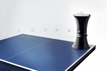 Bordtennis robot BUDDY  M/plass til 100 baller