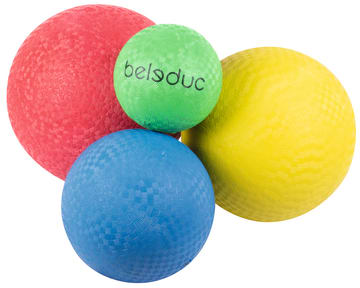 Sett med 4 gummiballer, ass. størrelser