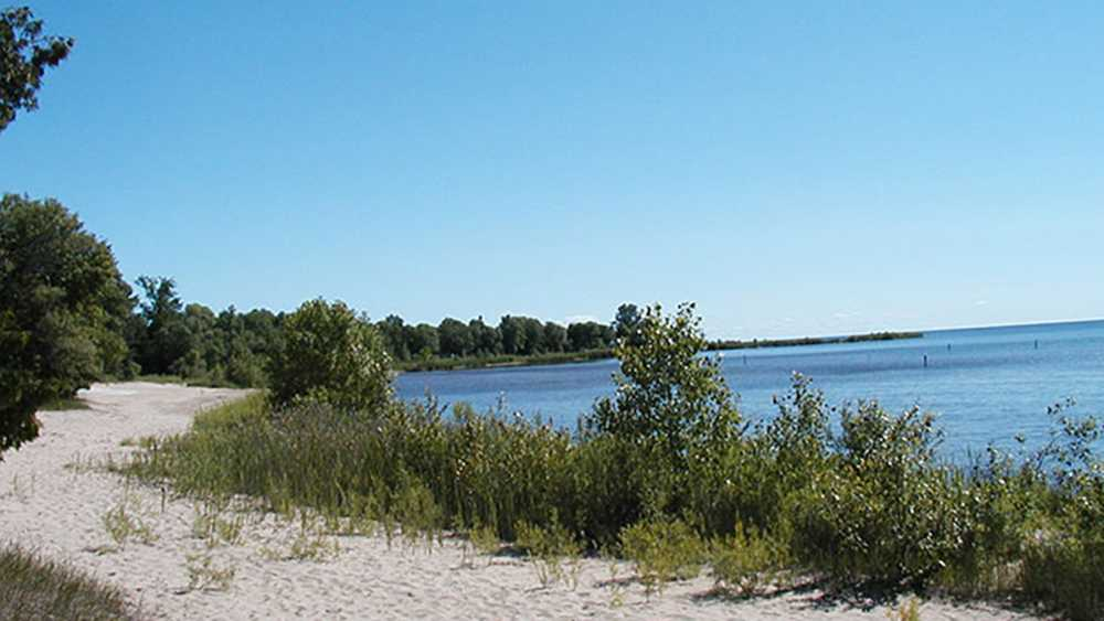 Green Bay shoreline at Wells State Park