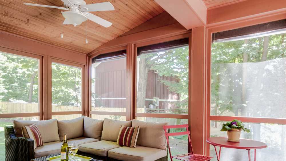 Twin Oaks Inn Screened Porch.jpg