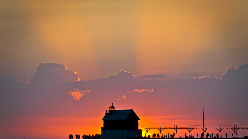 Grand Haven South Pier & Lighthouses - Photo: Bob Peskorse