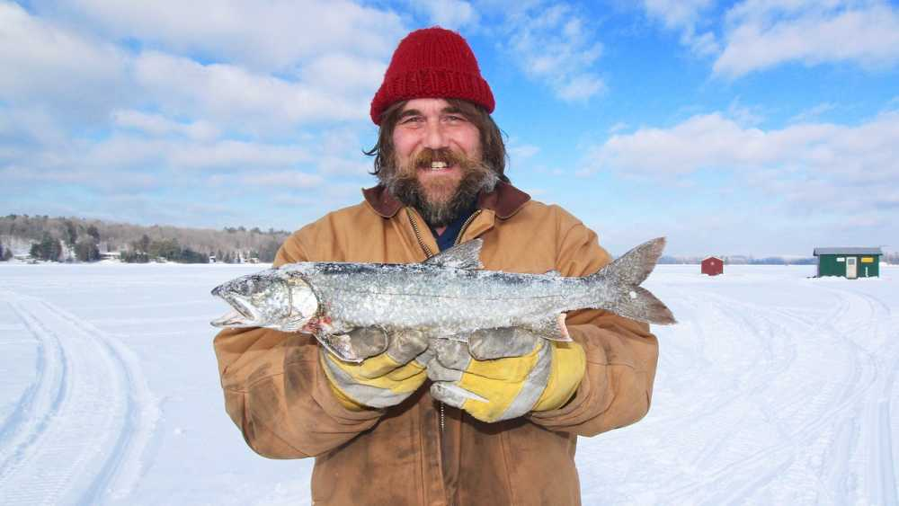 ice-fishing-1535229_1280.jpg