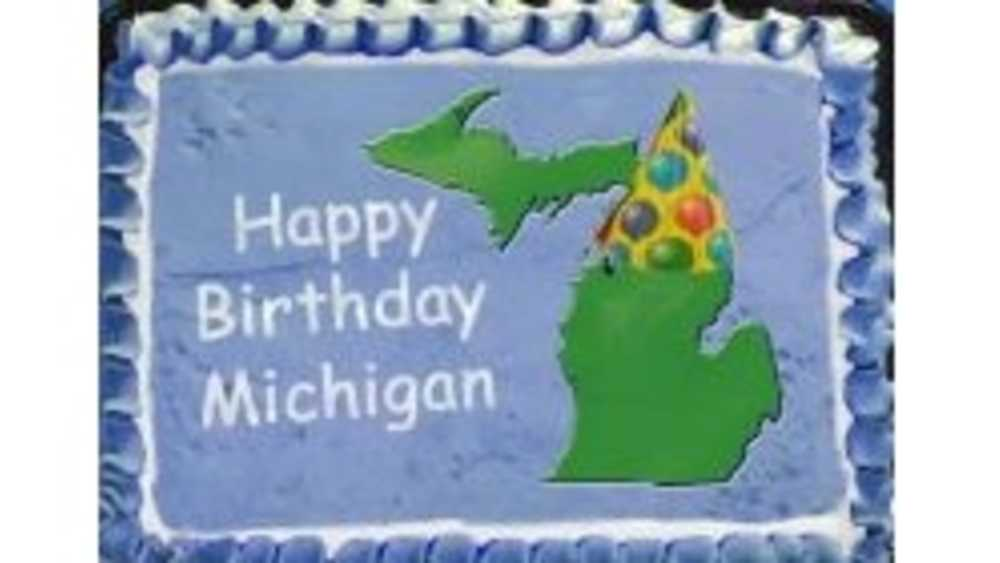 Happy birthday Michigan cake
