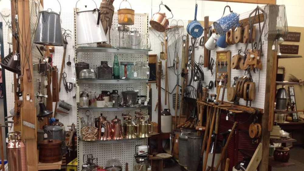 hog creek antique mall Hog Creek Craft & Antique Mall | Michigan hog creek antique mall