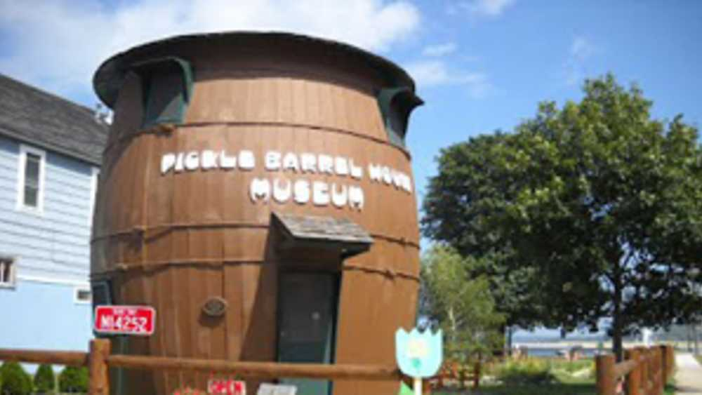 Pickle Barrel House Museum - Photo 1