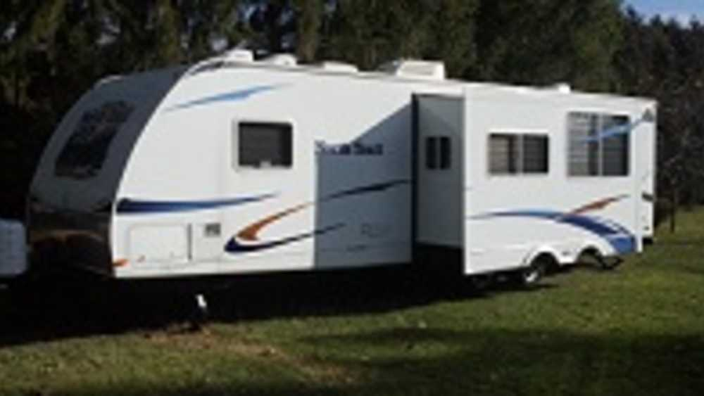 Wheel Estate Camper Rental | Michigan