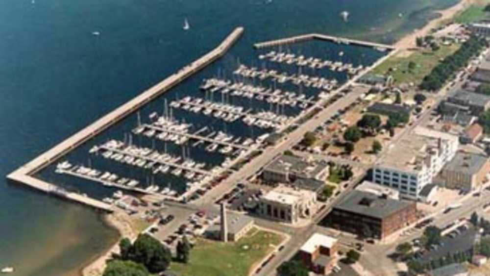 Great Lakes Memorial Marina - Photo 1
