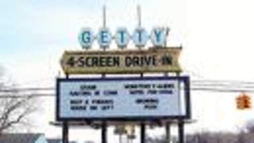 Getty 4 Drive-In Theatre - Photo 1