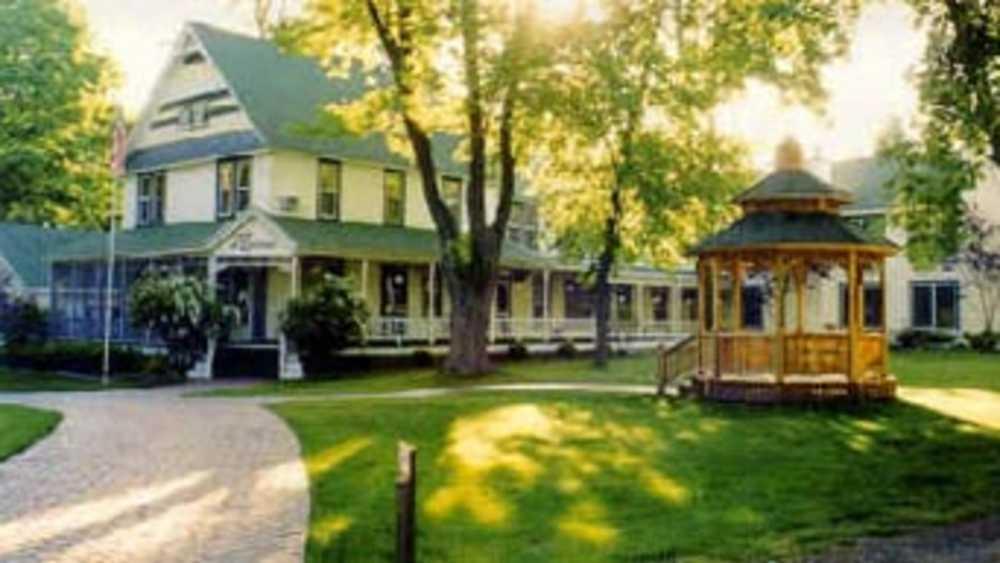 Rosemont Inn Resort Bed Amp Breakfast Michigan