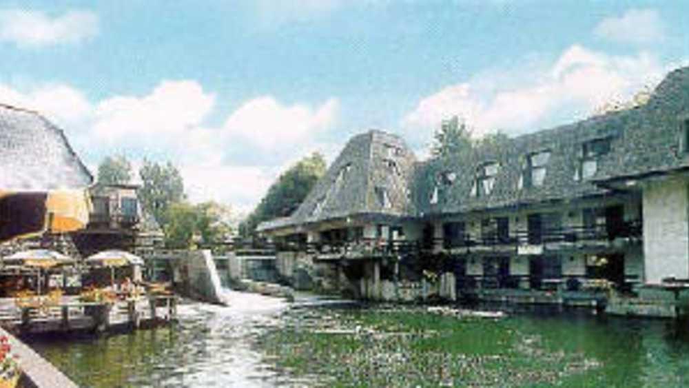 Falling Waters Lodge | Michigan