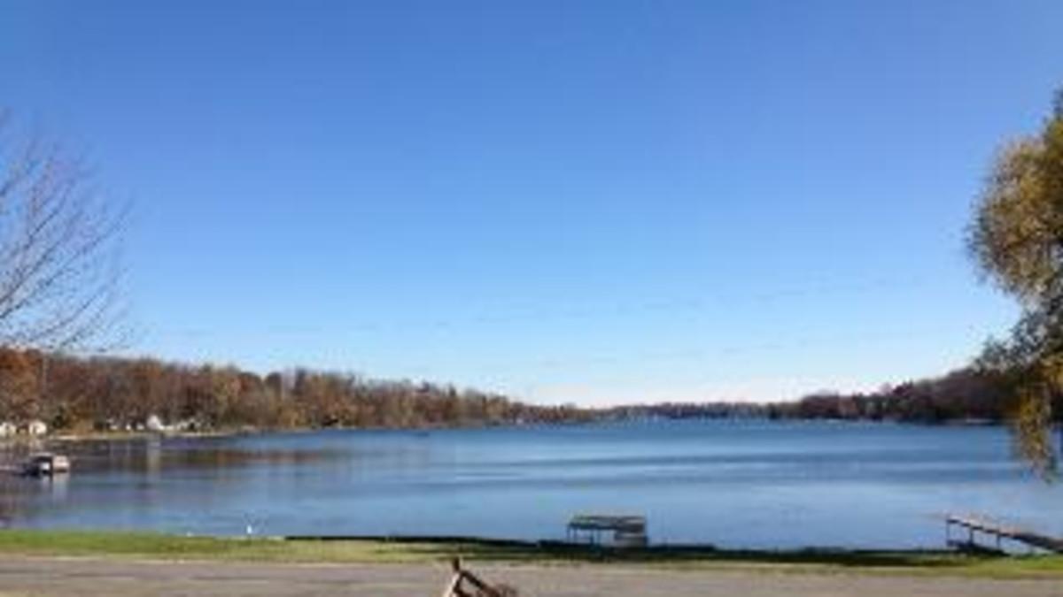 Corey Lake Rental Home Michigan