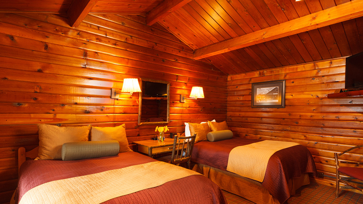 Cedar Log Double Room