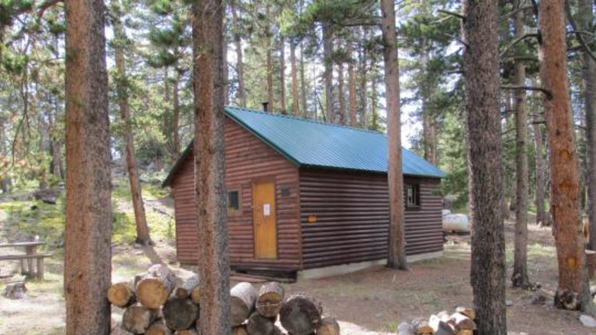 Pole Creek Cabin - Bighorn National Forest