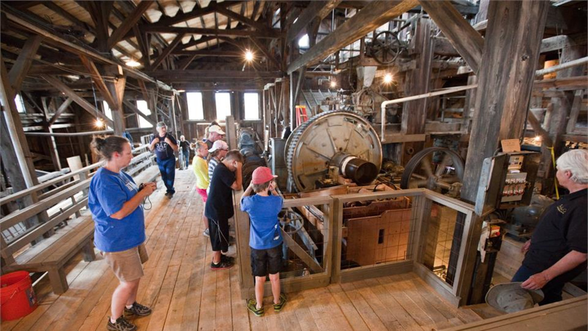 Visitors enjoy a tour of the Carissa Mill