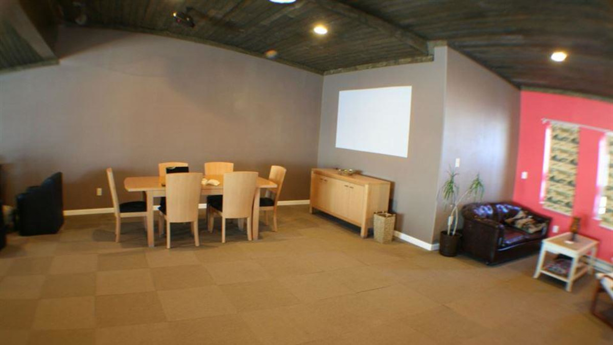 Meeting Area Available