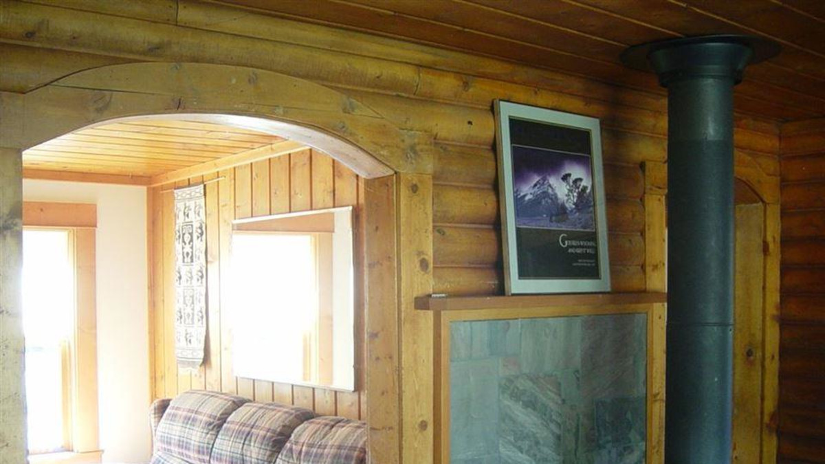 This 3 bedroom fully furnished house is located on the Big Laramie River.