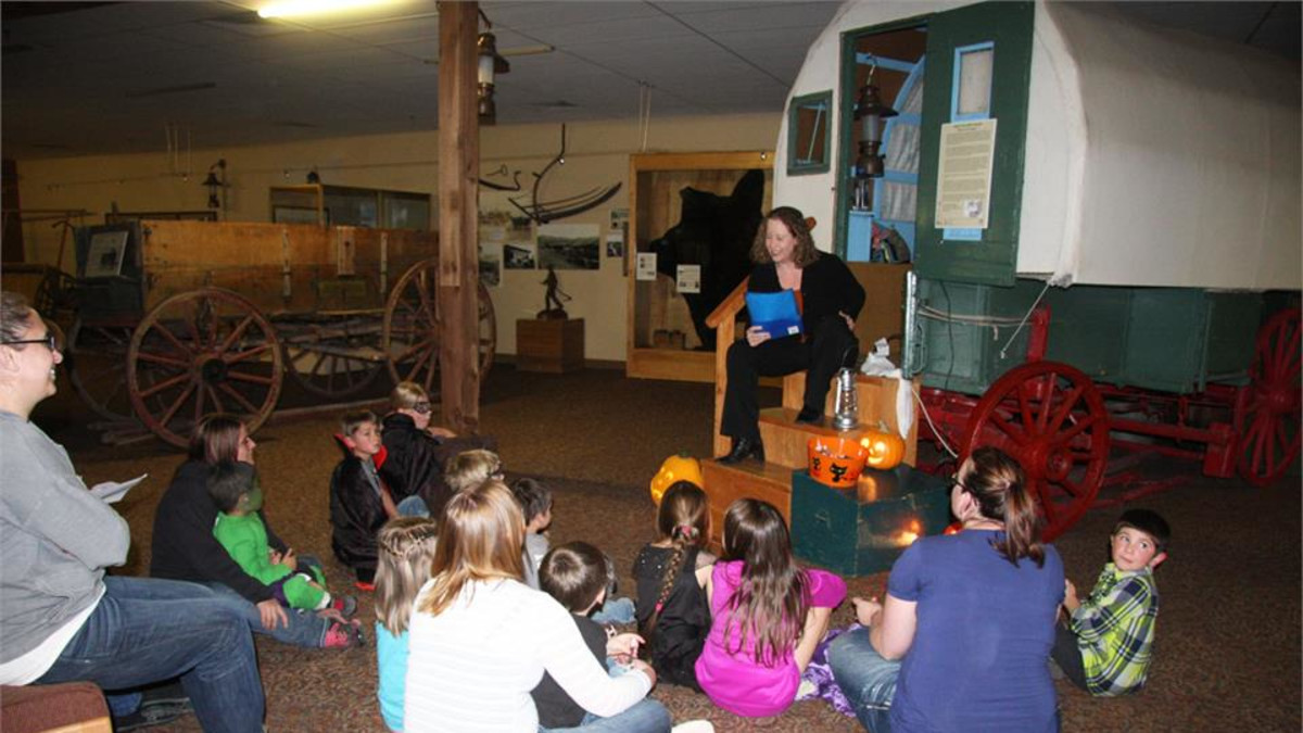 Halloween Night at the Museum Ghost Stories