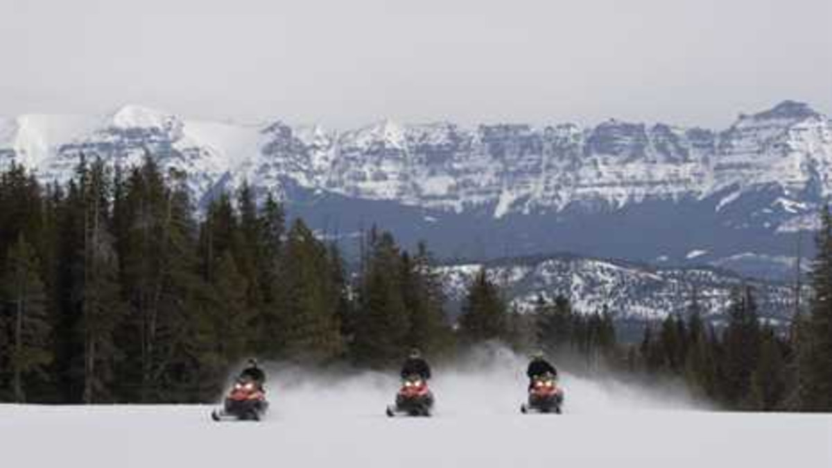 Ride the Divide at Brooks Lake Lodge